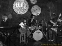 Academia Musical Quilmes, Clases de Música